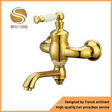 Fashionable Wall Mounted Bathroom Faucet (ICD-0305)