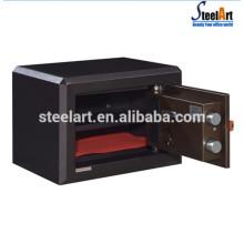 boîte de coffre caché de bijoux avec une étagère