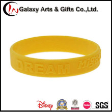 High Quality Wristbands Hot Sale Custom Embossed Logo Sports Silicone Products