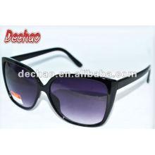 Homens de óculos escuros de moda ao ar livre com óculos de sol super qualidade