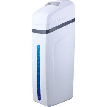 Emoliente de água automático do armário de 2500L / H Regeration