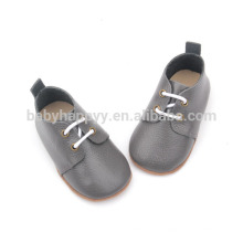 Outdoor baby prewalker sapatos de couro atacado vestidos para bebês
