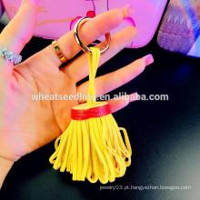 Yiwu fornecedor saco pingente borla de couro por atacado keychain