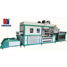 Automatic blister thermoforming machine for plastic tray