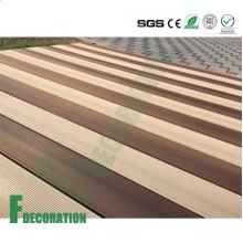 Suelo impermeable de la plataforma del WPC del grano de madera WPC