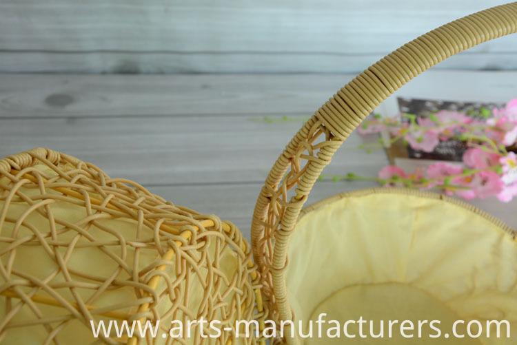 weaving plastic basket