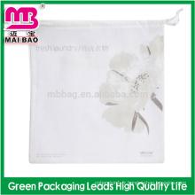 Pas cher réutilisable nettoyage à sec cordon cordon de voyage pliable non tissé hôtel lavage en gros sac de blanchisserie en vrac