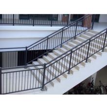 Популярные лестницы из нержавеющей стали