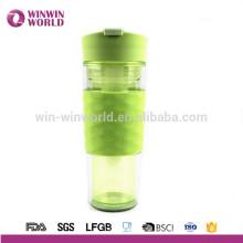 El frasco de doble pared aislado al vacío más frío de la botella de agua - la mejor taza del viaje de los deportes