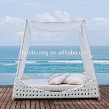 nice design wicker lounge chaise polt rattan woven daybed with canopy
