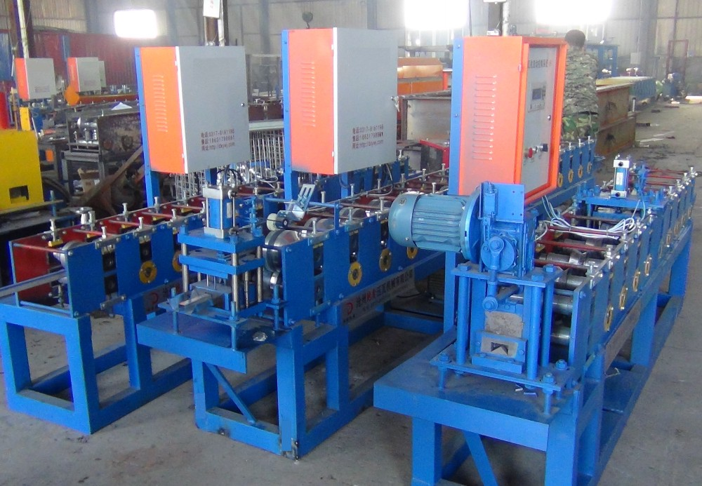 V Keel Roll Forming Machine