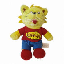 Plush yellow cat with red T-shirt and blue pants, made of soft plush and PP padding filling, for kid