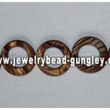 rosquinha dourada forma água doce shell beads