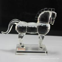 Estatuillas cristalinas al por mayor del caballo para los regalos