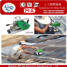 Soldador de cuña caliente para geomembrana de instalación