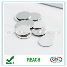2015 permanent round magnet iphone