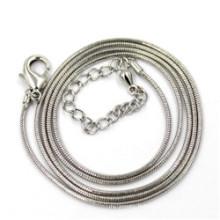 Collier de serpent argenté de 1,2 mm Longueur 50 + 5 cm