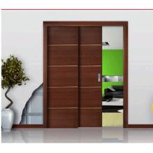 Dos puertas de madera maciza de caoba en paralelo / puerta corrediza