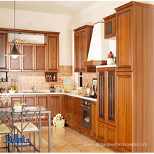 Classic Shaker Style Solid Wood Kitchen