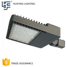 As vendas quentes amplamente usadas bom preço manufaturam a luz de rua conduzida