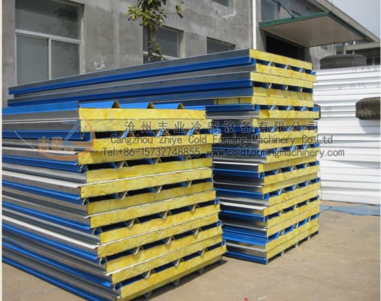 CE CE Sandwich Roof Wall Tiles Membentuk Mesin