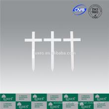 LUXES branco cemitério de padrão de cruzes de madeira Cruz