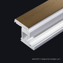 Profils en plastique d'extrusion de PVC