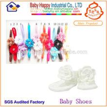 Zapatos de bebé hechos a mano Crochet y diadema de lujo