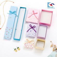 Las cajas de regalo determinadas de la pequeña joyería blanca de la cartulina blanca de la fábrica de China para la venta imprimen la impresión del logotipo