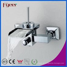 Faucet fixado na parede do banho da cachoeira do banheiro do misturador de Fyeer com desviador