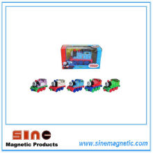 Alloy Return Magnetic Thomas Locomotive Toy with Light and Sound