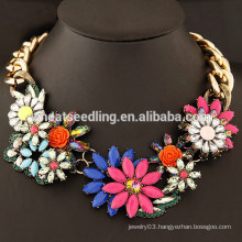 2015 trendy fashion European big chain flower resin big stone necklace