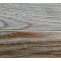 Mehrschichtiger natürlicher Farbeichen-hölzerner Bodenbelag / ausgeführte hölzerne Fußböden
