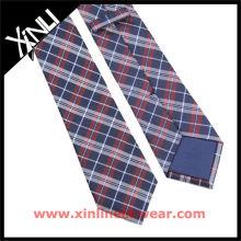 Cravates en soie italiennes tissées à la main Double Warp rouge