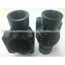 conception et traitement de valve d'eau de produit en plastique