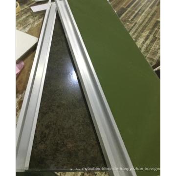 2017 Neue glänzende Anti-Kratzer-Acryl-Schrank-Türen (viele Farben)