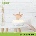 2016 alibaba China fornecedor IPUDA fantasia lâmpada com carregamento com 2.4A USB outlets