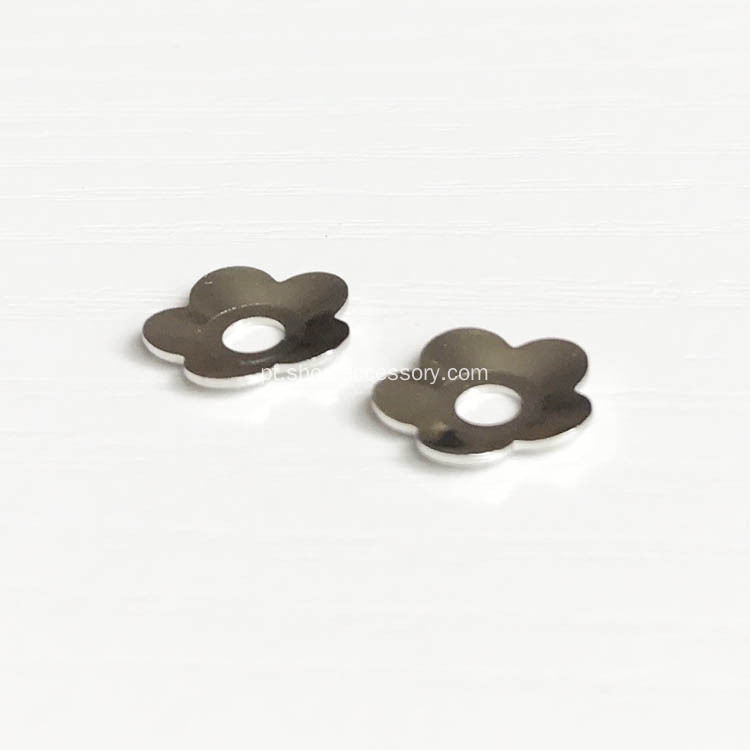 Fantastic Brass Flower Findings 11.5mm