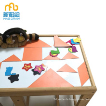Kindermagnetischer Baby-Schreibtisch, der weiße Bretter schreibt