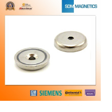 12 Years Experienced Round Pot Magnet with Hole