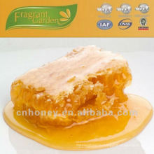 Чистый натуральный мешник в фарфоре для покупки меда