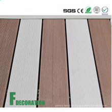 Niedrige Kosten UPVC Holz Composite Outdoor Decking