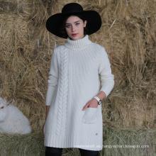Suéter de cuello alto de las señoras de estilo largo