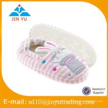 China-Fabrikpreisgroßverkauf elegante Innenbaumwollschuhe zapato sandalia Innenraum invierno