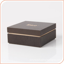 Most Fashion New Design Paper Gift Boxes with logo stamping