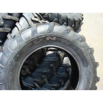 Pneu agricole de haute qualité pour tracteur