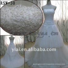 RSW-30 2011 Hot Sell New Design Ladies Fashionable Elegant Customized Beautiful Pearl Beaded And Stereo Flowers Bridal Dress