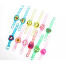 Pulseiras de vinal colorido crianças vivas