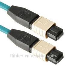 Connecteurs de câble optique à 12 pieds MPO avec perte de rendement élevé