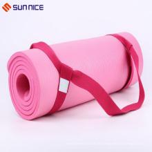 Kundenspezifische stilvolle Yoga-Matte tragen Riemen